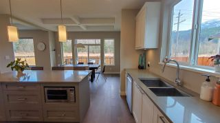 Photo 5: 39260 CARDINAL DRIVE in Squamish: Brennan Center House for sale : MLS®# R2545288
