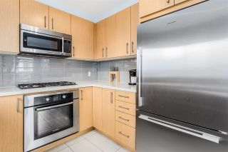 """Photo 8: 317 3133 RIVERWALK Avenue in Vancouver: South Marine Condo for sale in """"NEW WATER"""" (Vancouver East)  : MLS®# R2357163"""