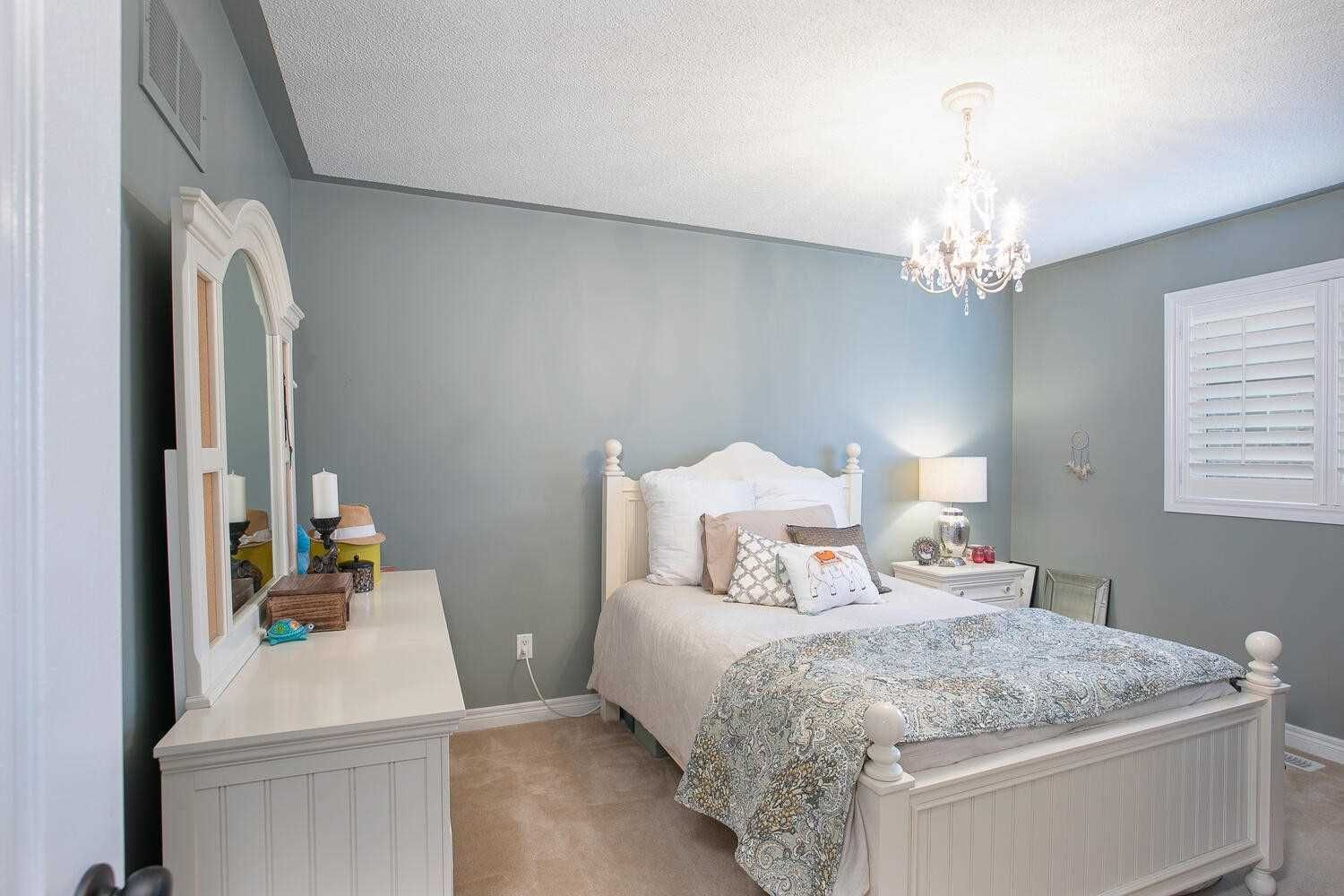 Photo 14: Photos: 190 Dean Burton Lane in Newmarket: Woodland Hill House (2-Storey) for sale : MLS®# N4918510
