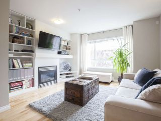 """Photo 2: 303 2688 WATSON Street in Vancouver: Mount Pleasant VE Townhouse for sale in """"Tala Vera"""" (Vancouver East)  : MLS®# R2152269"""