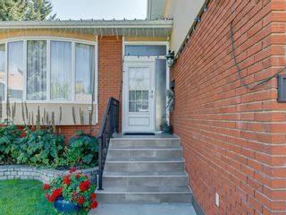 Photo 3: 3711 Underhill Place NW in Calgary: University Heights Detached for sale : MLS®# A1057378