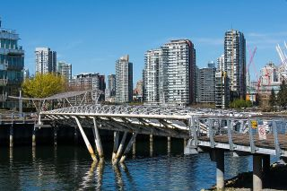 """Photo 31: 528 1783 MANITOBA Street in Vancouver: False Creek Condo for sale in """"Residences at West"""" (Vancouver West)  : MLS®# R2595306"""
