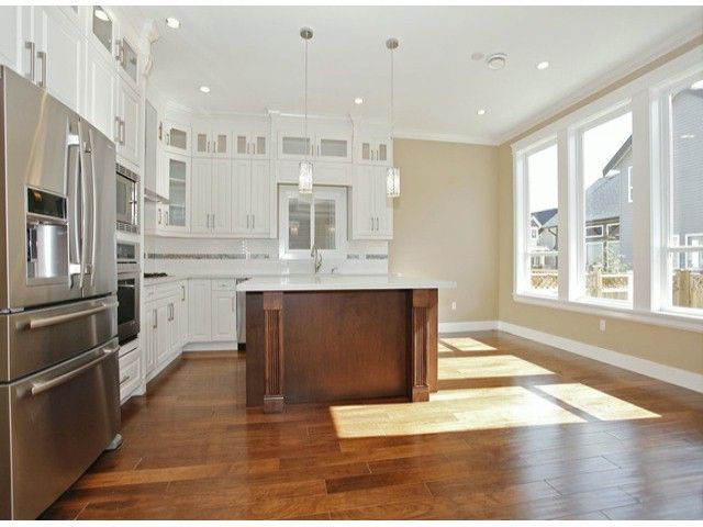 """Photo 8: Photos: 7684 210TH Street in Langley: Willoughby Heights House for sale in """"YORKSON SOUTH"""" : MLS®# F1318328"""
