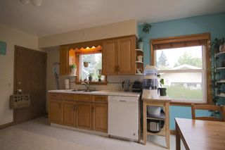 Photo 9: 520 29 Avenue NW in Calgary: Mount Pleasant Detached for sale : MLS®# A1134159