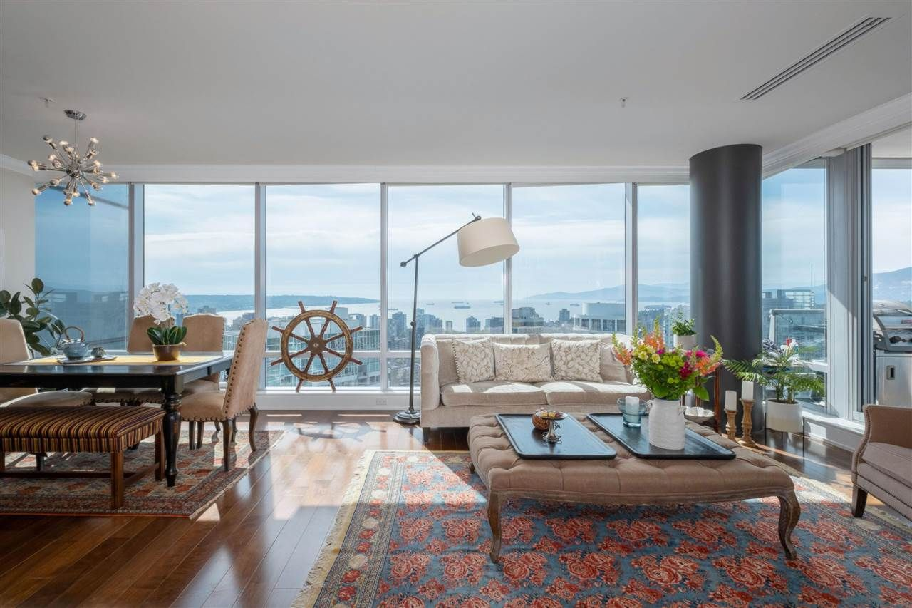 """Main Photo: 3602 1111 ALBERNI Street in Vancouver: West End VW Condo for sale in """"SHANGRI-LA"""" (Vancouver West)  : MLS®# R2591965"""