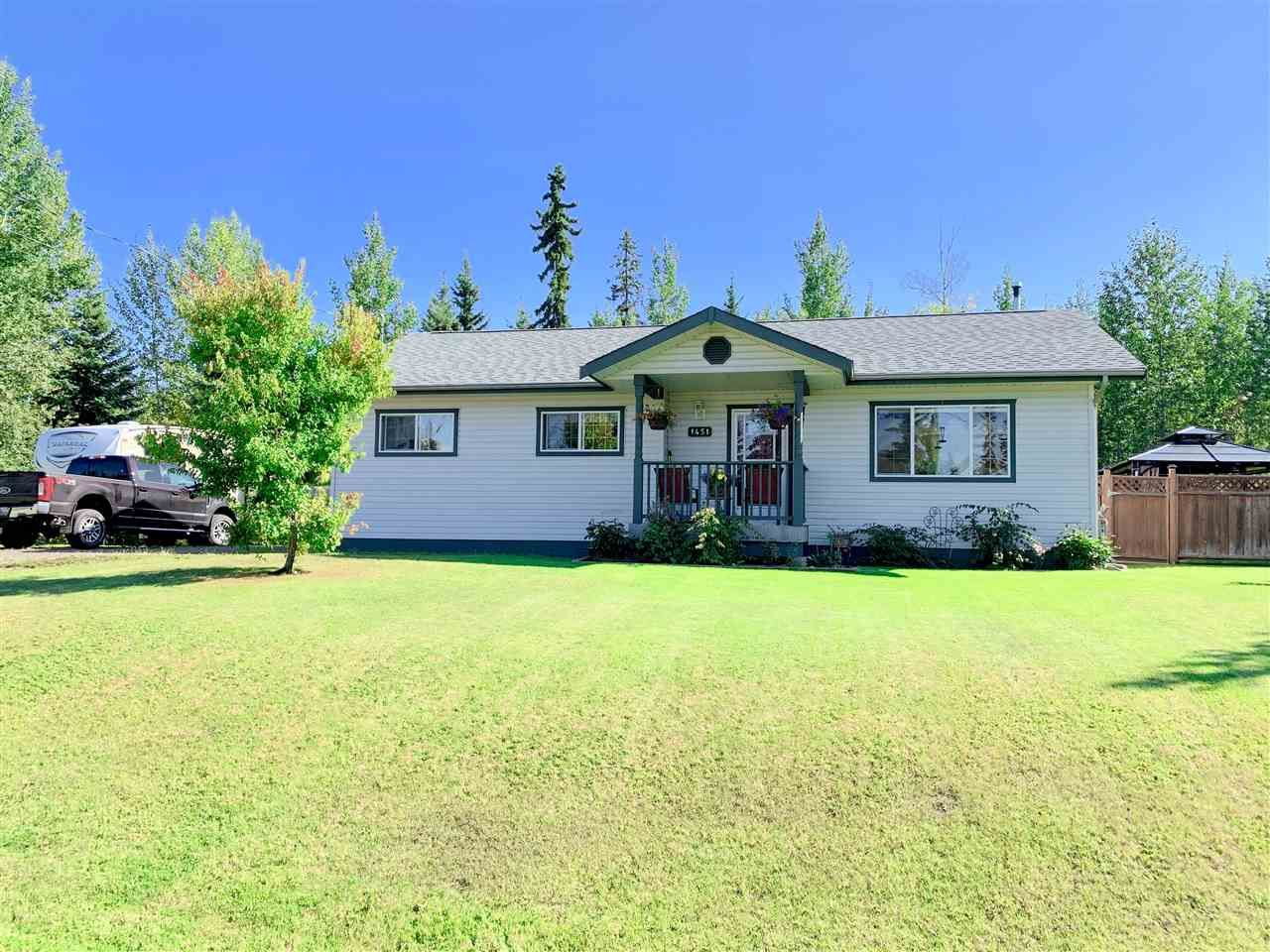 Main Photo: 1451 CHESTNUT Street: Telkwa House for sale (Smithers And Area (Zone 54))  : MLS®# R2399954
