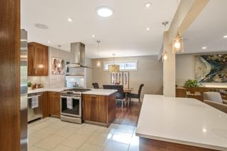 Photo 9: 1306 Hamilton Street NW in Calgary: St Andrews Heights Detached for sale : MLS®# A1151940