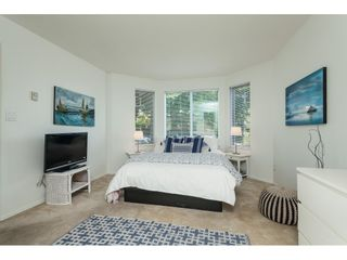 """Photo 12: 1137 ELM Street: White Rock Townhouse for sale in """"Marine Court"""" (South Surrey White Rock)  : MLS®# R2401346"""