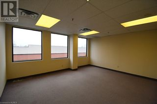 Photo 9: 55 MARY Street Unit# 206 in Lindsay: Other for lease : MLS®# 40100078