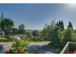 Photo 2: 1985 PETERSON Avenue in Coquitlam: Cape Horn House for sale : MLS®# V1067810
