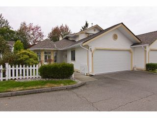 """Photo 1: 25 21138 88TH Avenue in Langley: Walnut Grove Townhouse for sale in """"Spencer Green"""" : MLS®# F1323344"""