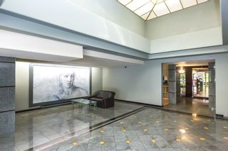 """Photo 2: 902 1185 QUAYSIDE Drive in New Westminster: Quay Condo for sale in """"RIVIERA MANSIONS"""" : MLS®# R2085101"""