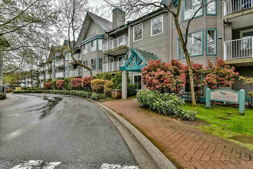 Main Photo: 212 15130 108 Avenue in Surrey: Bolivar Heights Condo for sale (North Surrey)  : MLS®# R2162004