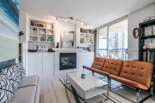 """Photo 3: 1207 989 RICHARDS Street in Vancouver: Downtown VW Condo for sale in """"MONDRIAN I"""" (Vancouver West)  : MLS®# R2373679"""