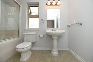 Photo 32: 201 1695 Comox Ave in : CV Comox (Town of) Condo for sale (Comox Valley)  : MLS®# 878188
