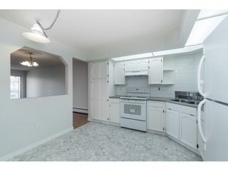 """Photo 4: 215 31930 OLD YALE Road in Abbotsford: Abbotsford West Condo for sale in """"ROYAL COURT"""" : MLS®# R2421302"""