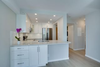 """Photo 7: 403 505 LONSDALE Avenue in North Vancouver: Lower Lonsdale Condo for sale in """"La PREMIERE"""" : MLS®# R2596475"""