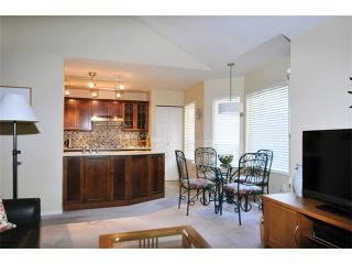 """Photo 6: 149 101 PARKSIDE Drive in Port Moody: Heritage Mountain Townhouse for sale in """"TREETOPS"""" : MLS®# V994969"""