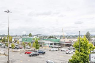 """Photo 33: 18 20229 FRASER Highway in Langley: Langley City Condo for sale in """"Langley Place"""" : MLS®# R2489636"""