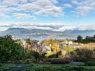 Main Photo: 2 1980 SASAMAT STREET in Vancouver: Point Grey Townhouse for sale (Vancouver West)  : MLS®# R2357115