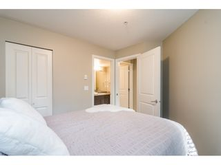 """Photo 13: 113 8915 202 Street in Langley: Walnut Grove Condo for sale in """"THE HAWTHORNE"""" : MLS®# R2444586"""
