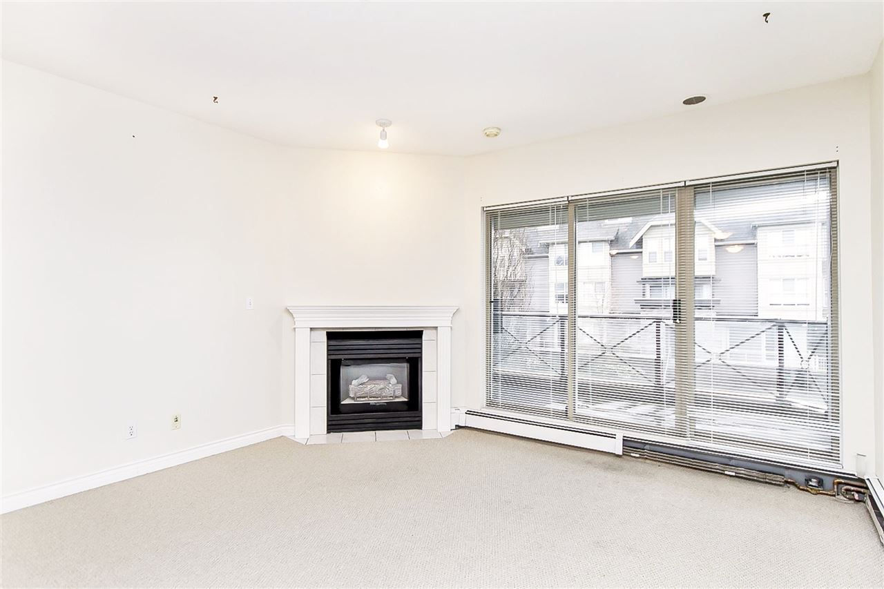 """Photo 6: Photos: 207 2109 ROWLAND Street in Port Coquitlam: Central Pt Coquitlam Condo for sale in """"PARKVIEW PLACE"""" : MLS®# R2150283"""