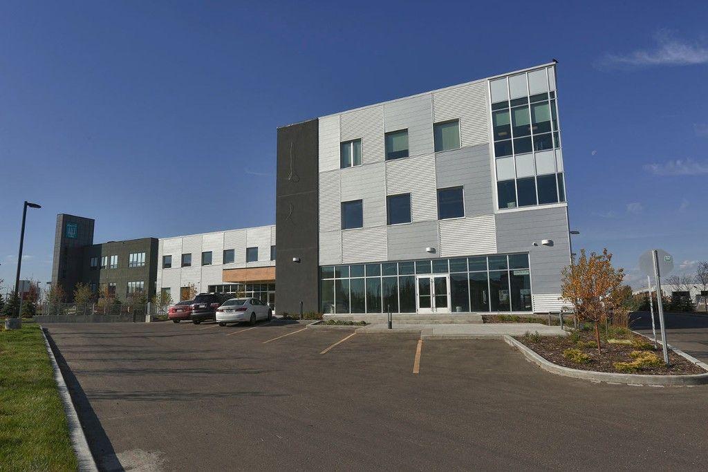 Main Photo: 1230 91 Street SW in Edmonton: Office for lease : MLS®# E1024252