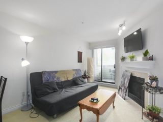Photo 2: 301 2741 E HASTINGS STREET in Vancouver: Hastings Sunrise Condo for sale (Vancouver East)  : MLS®# R2388912