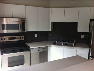 """Photo 2: 305 1633 W 8TH Avenue in Vancouver: Fairview VW Condo for sale in """"FIRCREST"""" (Vancouver West)  : MLS®# V1032090"""