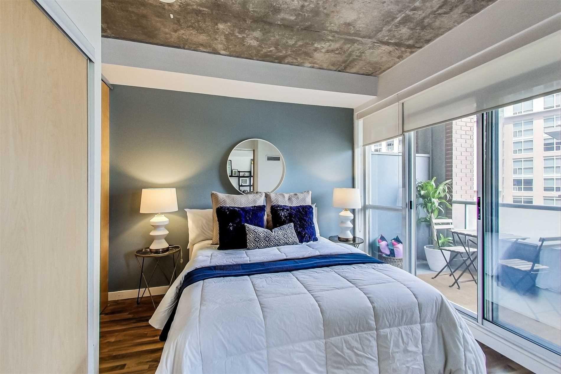 Photo 8: Photos: 307 1 Shaw Street in Toronto: Niagara Condo for sale (Toronto C01)  : MLS®# C4525736