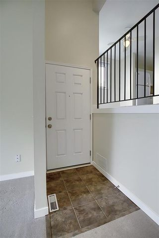 Photo 5: 49 12 Templewood Drive NE in Calgary: Temple Row/Townhouse for sale : MLS®# C4299149