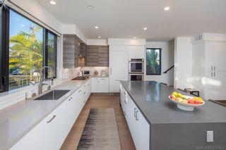 Photo 3: ENCINITAS House for sale : 5 bedrooms : 307 La Mesa Ave