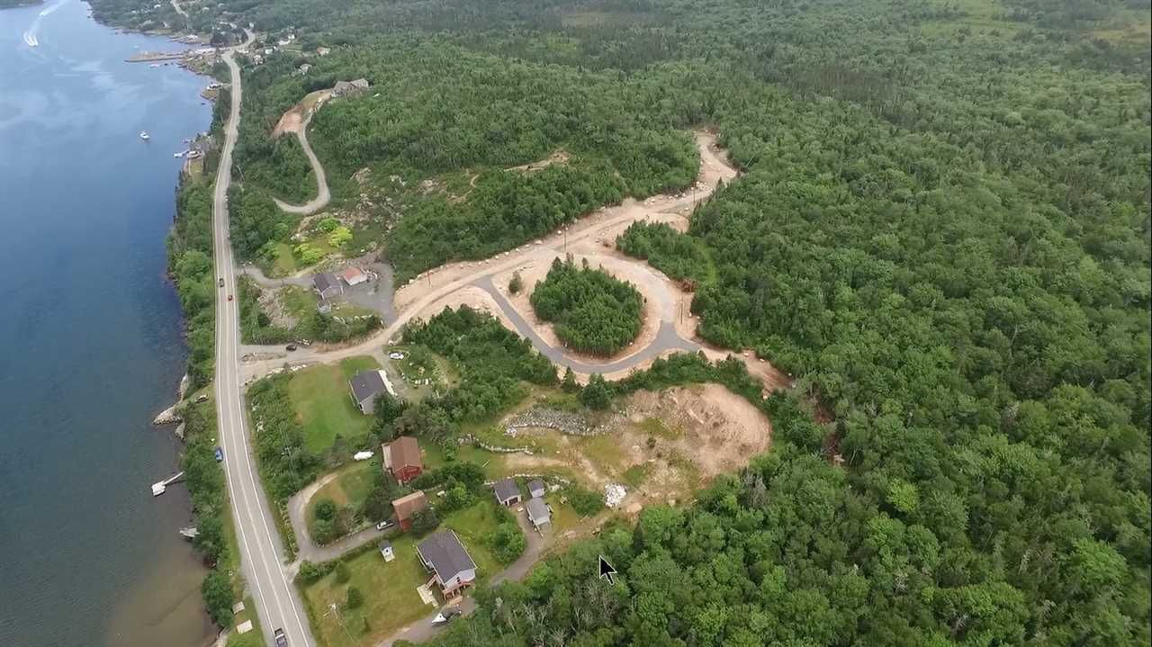 Main Photo: Lot 3 Terence Bay Road in Terence Bay: 40-Timberlea, Prospect, St. Margaret`S Bay Vacant Land for sale (Halifax-Dartmouth)  : MLS®# 202025707