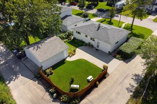 Photo 3: 283 Sansome Avenue in Winnipeg: Residential for sale (5G)  : MLS®# 202121766