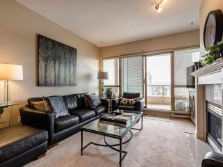 """Photo 9: 1804 6838 STATION HILL Drive in Burnaby: South Slope Condo for sale in """"THE BELGRAVIA"""" (Burnaby South)  : MLS®# R2544258"""