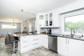 Photo 9: 39 Donald Road East in St Andrews: R13 Residential for sale : MLS®# 202104323