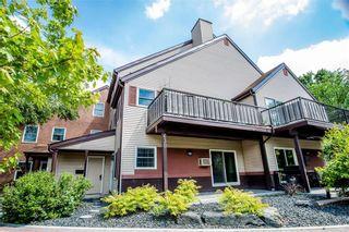 Photo 2: 4 630 Kenaston Boulevard in Winnipeg: River Heights Condominium for sale (1D)  : MLS®# 202014013