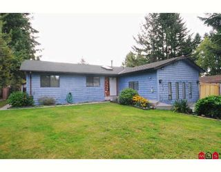 Photo 1: 9072 148TH Street in Surrey: Bear Creek Green Timbers House for sale : MLS®# F2921320