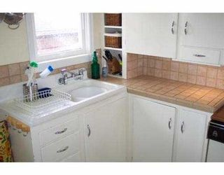 Photo 3: 1905 E 53RD AV in Vancouver: Killarney VE House for sale (Vancouver East)  : MLS®# V543529