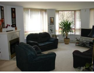 """Photo 5: 104 38 LEOPOLD Place in New Westminster: Downtown NW Condo for sale in """"THE EAGLE CREST"""" : MLS®# V638039"""