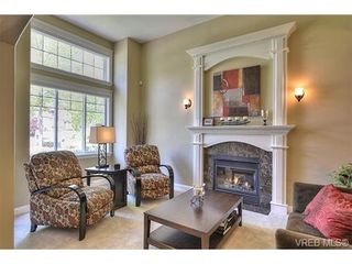 Photo 4: 1170 Deerview Pl in VICTORIA: La Bear Mountain House for sale (Langford)  : MLS®# 729928