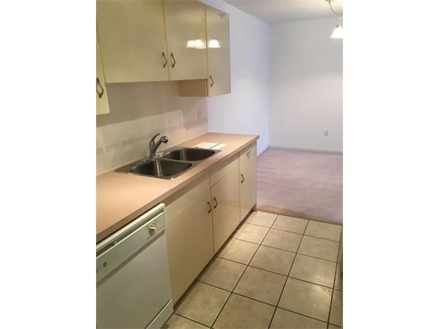 Main Photo: 613 8948 ELBOW Drive SW in Calgary: Haysboro Condo for sale : MLS®# C4046436