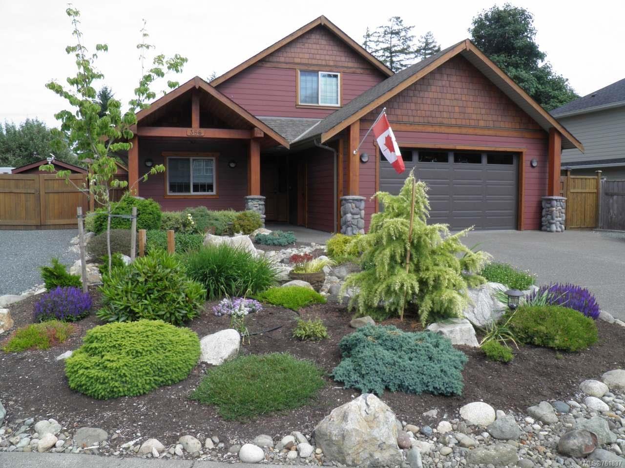 Main Photo: 388 Ensign St in COMOX: CV Comox (Town of) House for sale (Comox Valley)  : MLS®# 761837