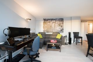 """Photo 9: 402 1250 BURNABY Street in Vancouver: West End VW Condo for sale in """"The Horizon"""" (Vancouver West)  : MLS®# R2529902"""