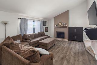Photo 5: SANTEE House for sale : 3 bedrooms : 9947 Shoredale Dr