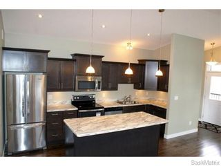 Photo 5: 1158 LINDSAY Street in Regina: Eastview Single Family Dwelling for sale (Regina Area 03)  : MLS®# 574052