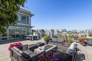 """Photo 6: 1201 1661 ONTARIO Street in Vancouver: False Creek Condo for sale in """"SAILS"""" (Vancouver West)  : MLS®# R2605622"""