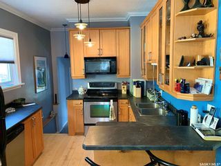 Photo 6: 832 8th Avenue North in Saskatoon: City Park Residential for sale : MLS®# SK848724