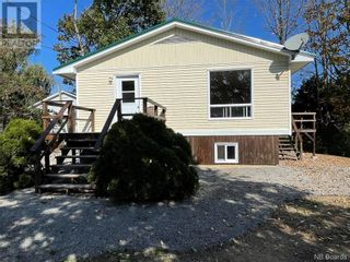 Photo 8: 1 Pleasant Street in St. Stephen: House for sale : MLS®# NB064477