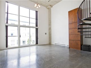 """Photo 2: 302 228 E 4TH Avenue in Vancouver: Mount Pleasant VE Condo for sale in """"Watershed/Mount Pleasant"""" (Vancouver East)  : MLS®# V1031865"""